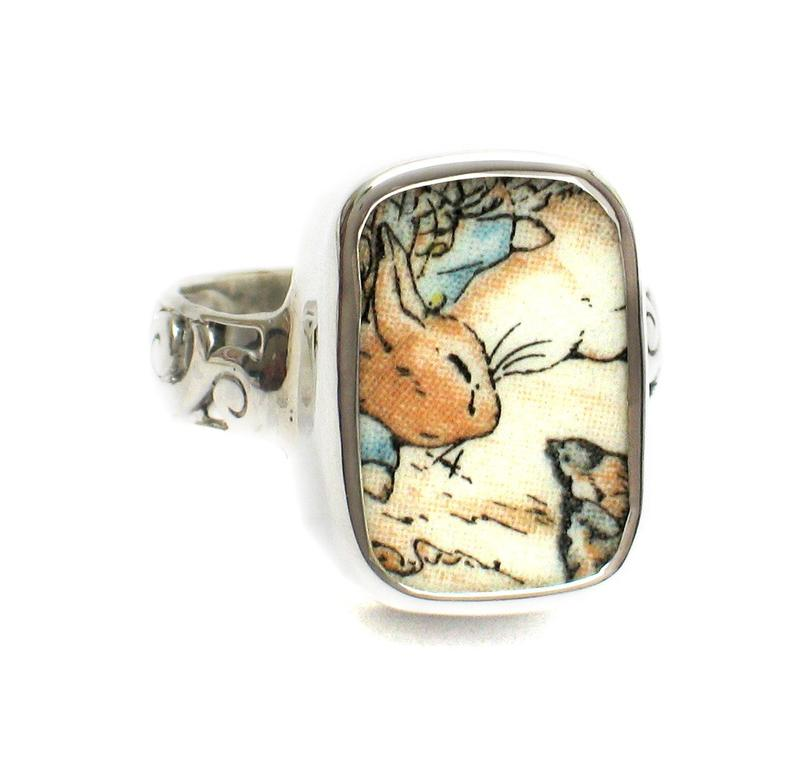 SIZE 7 Broken China Jewelry Beatrix Potter Peter Rabbit Visiting Birds Sterling Ring