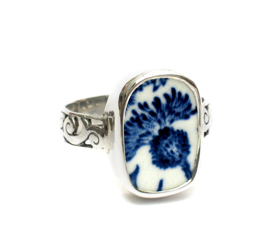 Size 12 Broken China Jewelry Royal Warwick Lochs of Scotland Blue Thistle Flower G Sterling Ring - Vintage Belle Broken China Jewelry