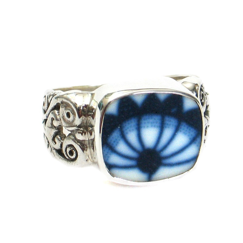 Size 9 Broken China Jewelry Blue Danube Fan Flower Sterling Ring - Vintage Belle Broken China Jewelry