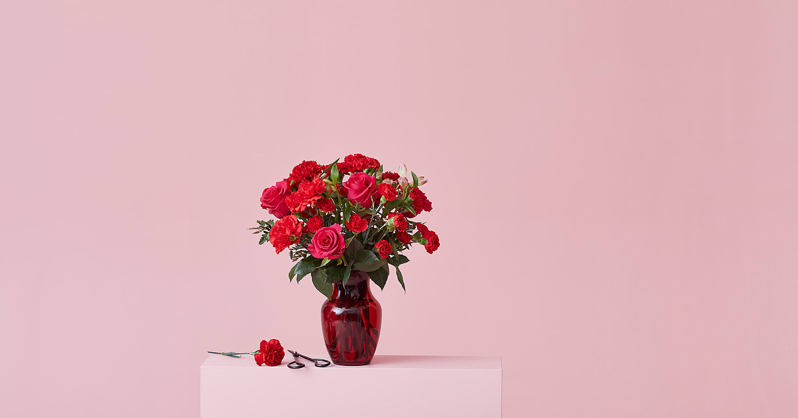 The Valentine Bouquet - Image 4 Of 5