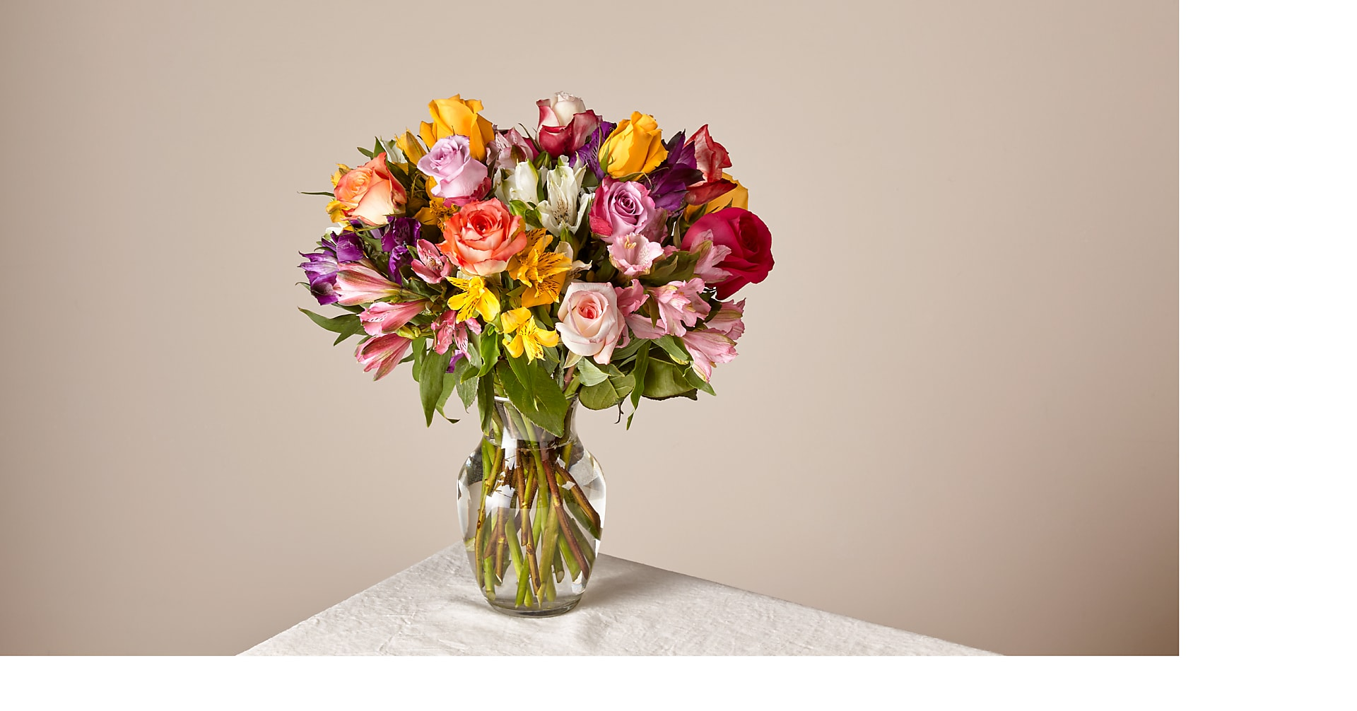 Deluxe Smiles & Sunshine with Vase - Image 1 Of 2
