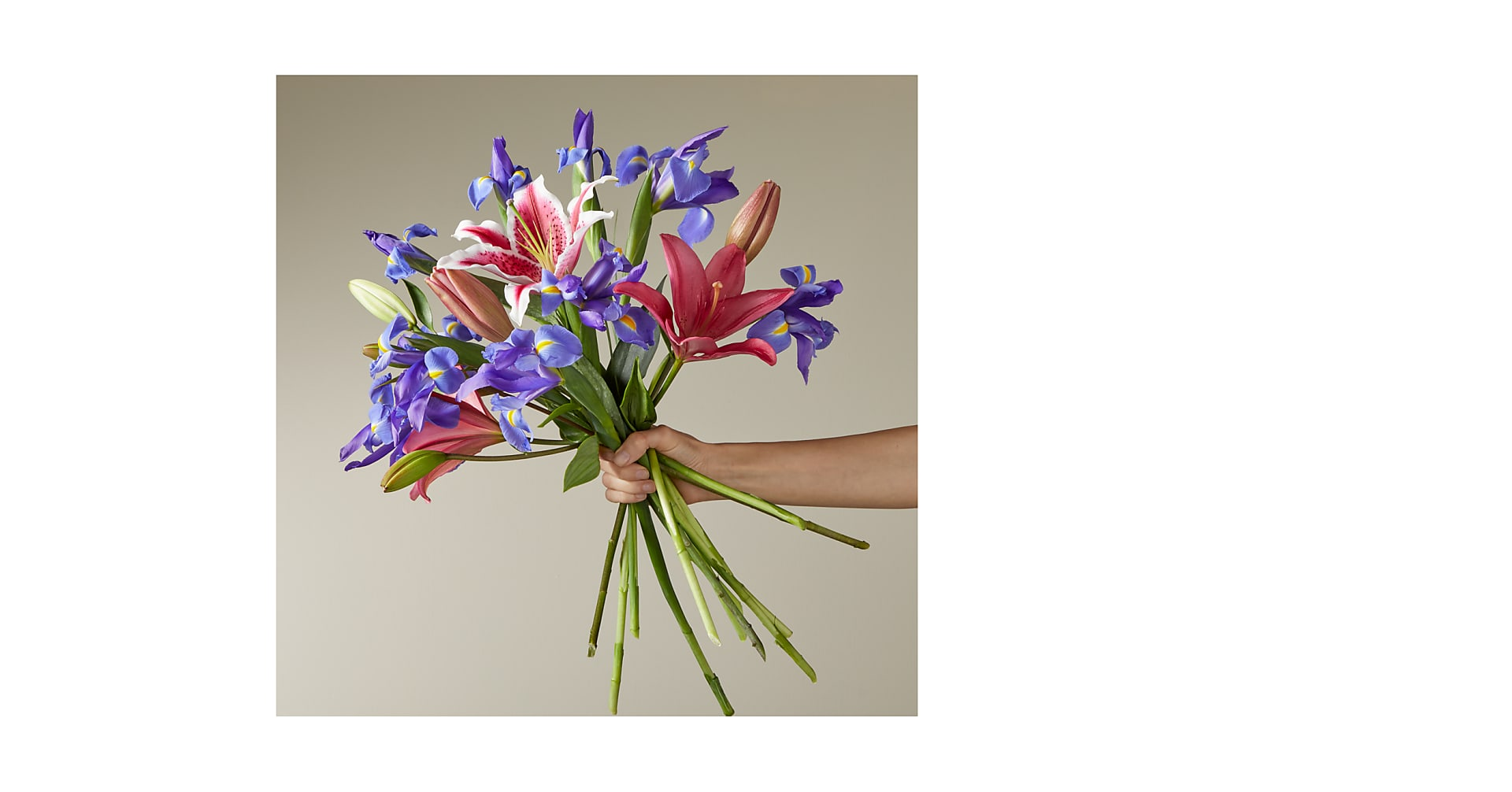 Belle of the Ball Bouquet - No Vase - Image 1 Of 3
