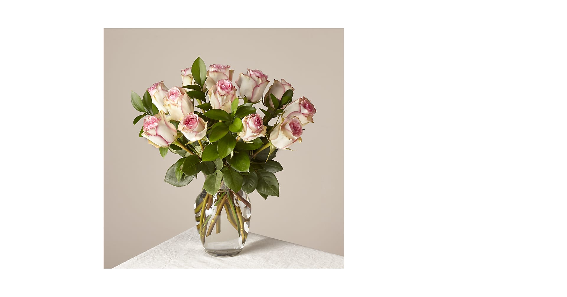 Pink Champagne Rose Bouquet 12 Stem With Vase