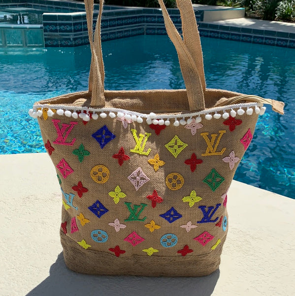** Colorful beaded jute tote **PRESELL ARRIVING MID JUNE**