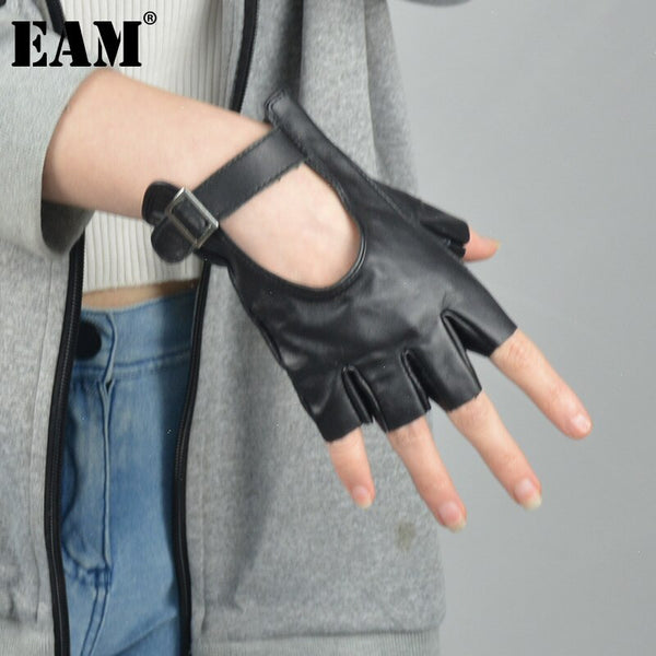 [EAM] Women Black Red Hollow Out Cool Gloves New Pu Leather Personality Fashion Tide All-match 2021 Autumn Winter 1DC967