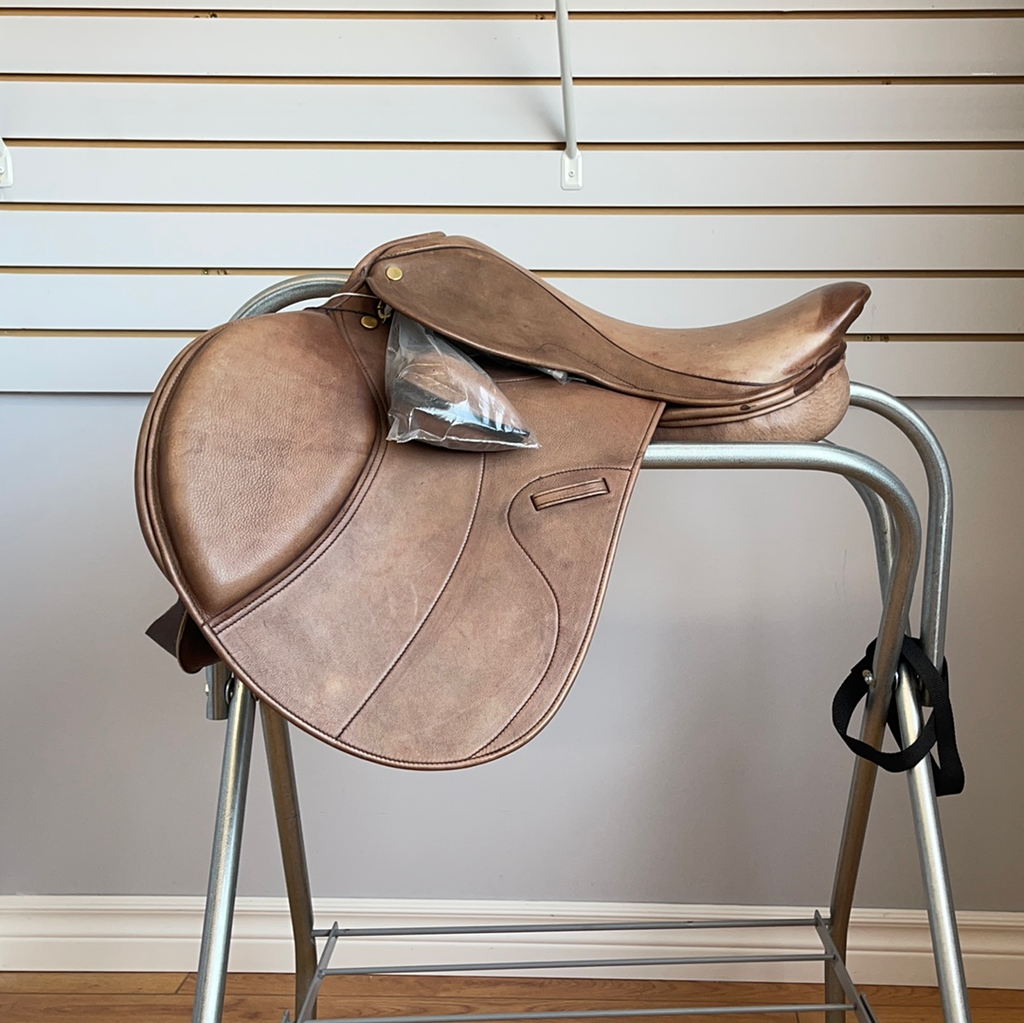 "16.5"" Sherwood Saddle"