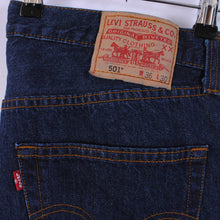 Load image into Gallery viewer, Levi's 501 Jeans In Dark Blue W36 L27