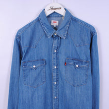 Load image into Gallery viewer, Levi's Denim Western Shirt In Blue Size L