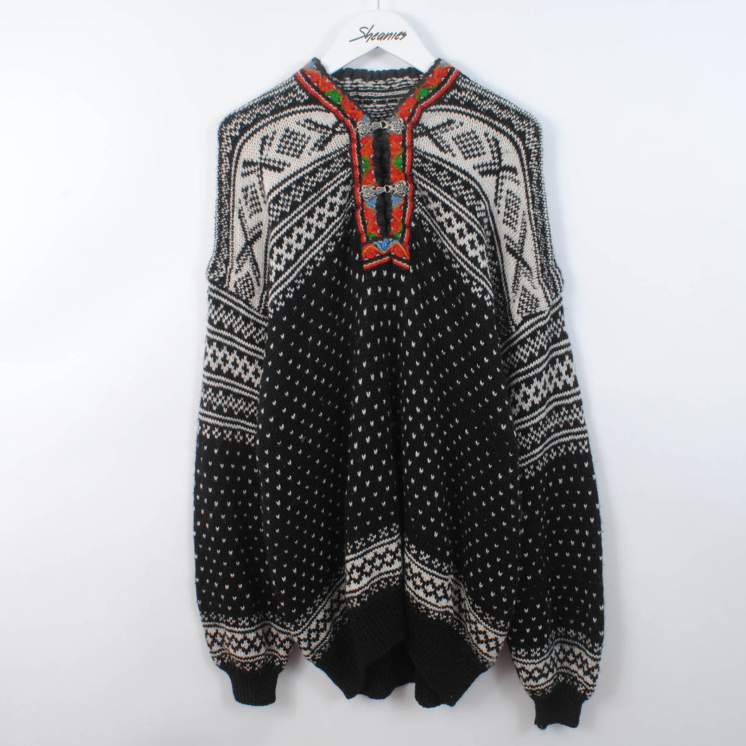 Patterned Norwegian Knit Cardigan With Clasps Size XL