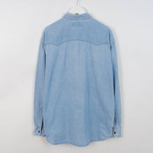 Load image into Gallery viewer, Vintage Levi's Denim Shirt In Light Blue Size L