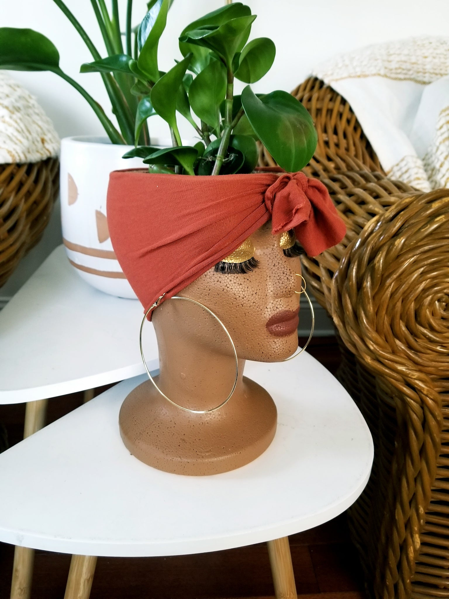 Ceclia- Grow Girl plant pot holder Paprika Scarf