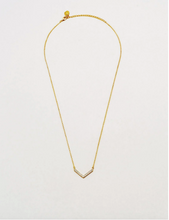 Load image into Gallery viewer, Baguette Arrow Necklace - Gold