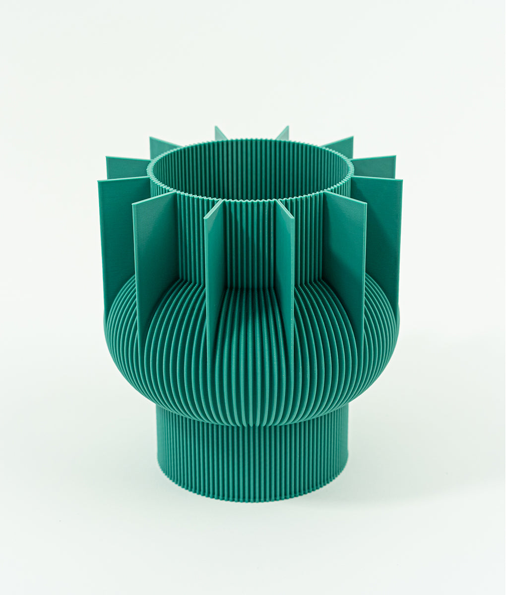 Waldraud-UAUPROJECT-S-Vase-02-Dark-Green