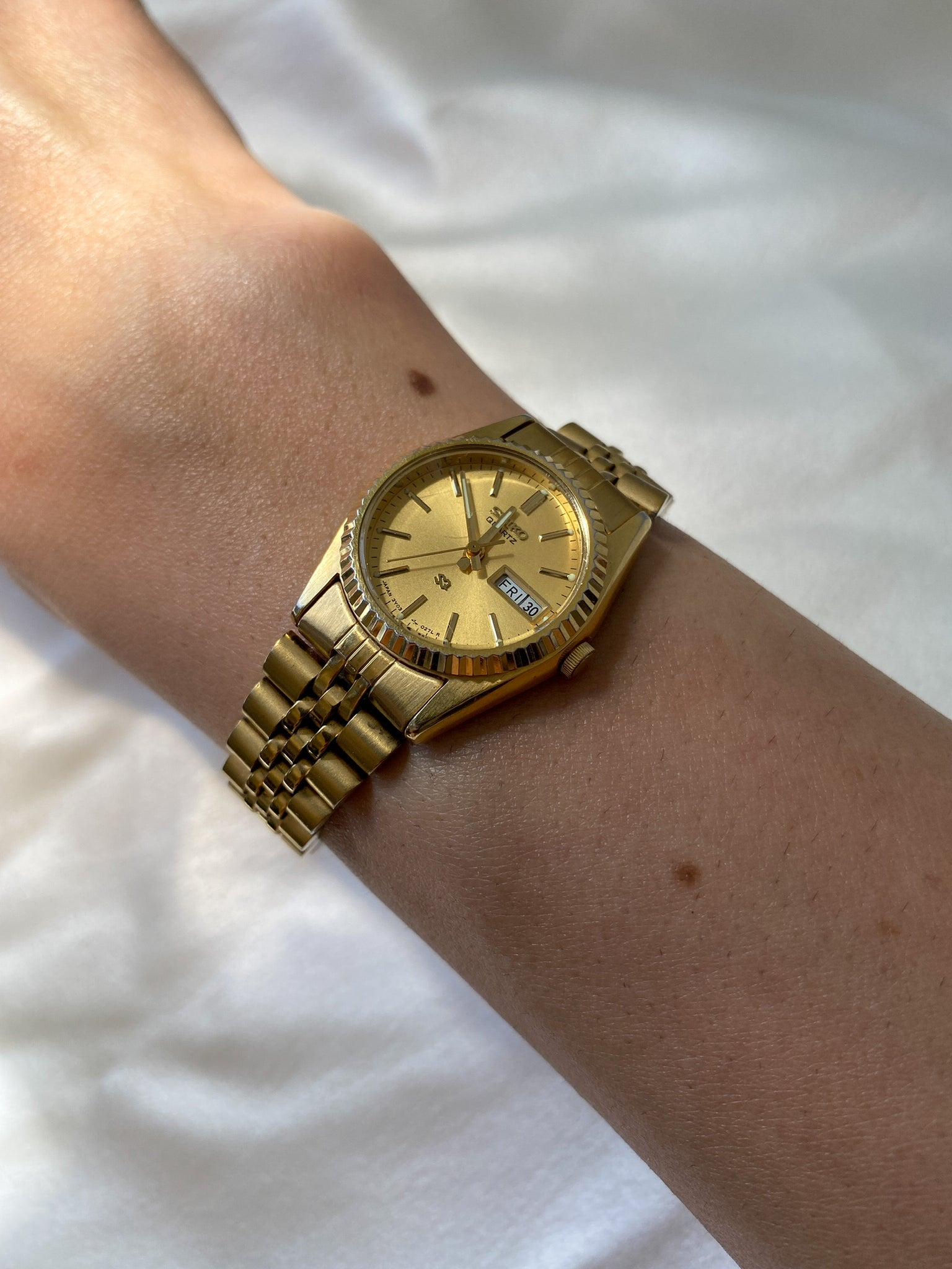 Vintage Gold Tone Seiko Day and Date Women's Watch