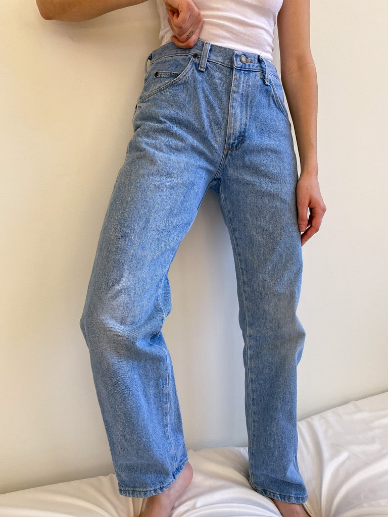 Vintage Light Wash Wrangler Jeans