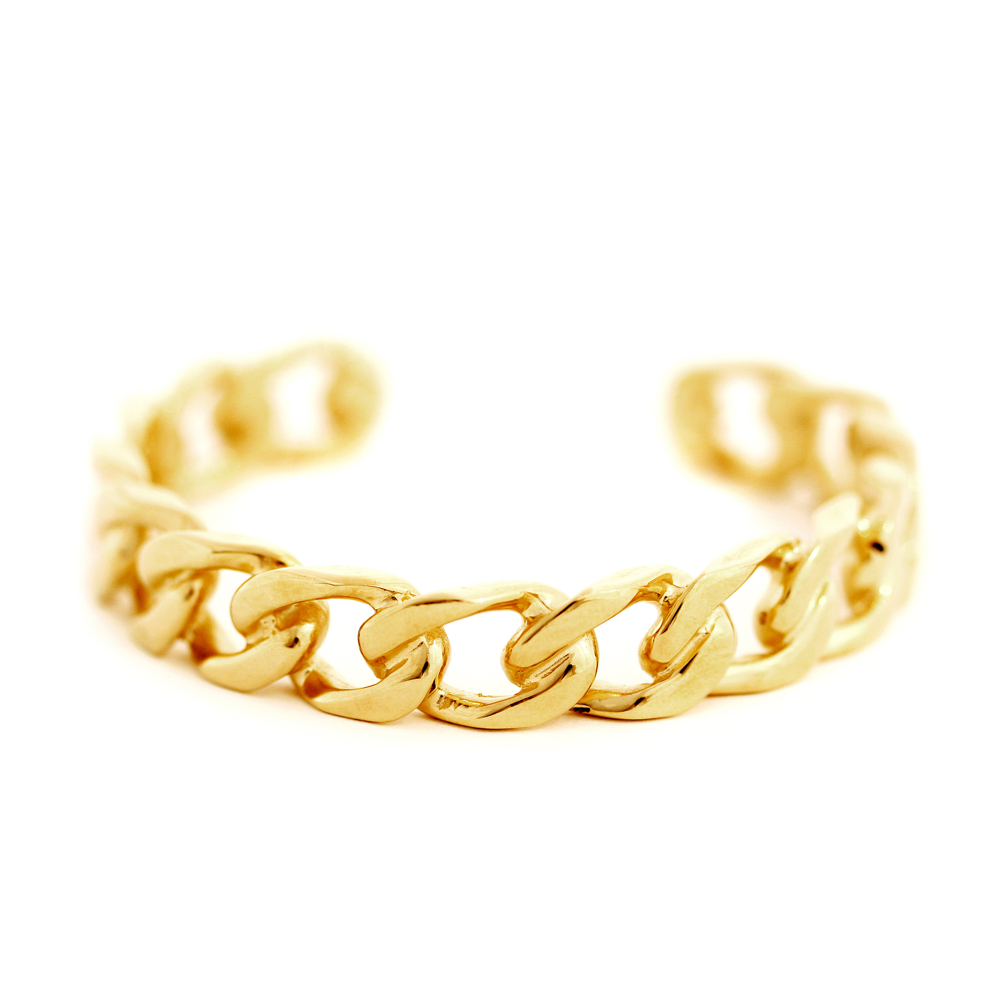 curb link chain bangle