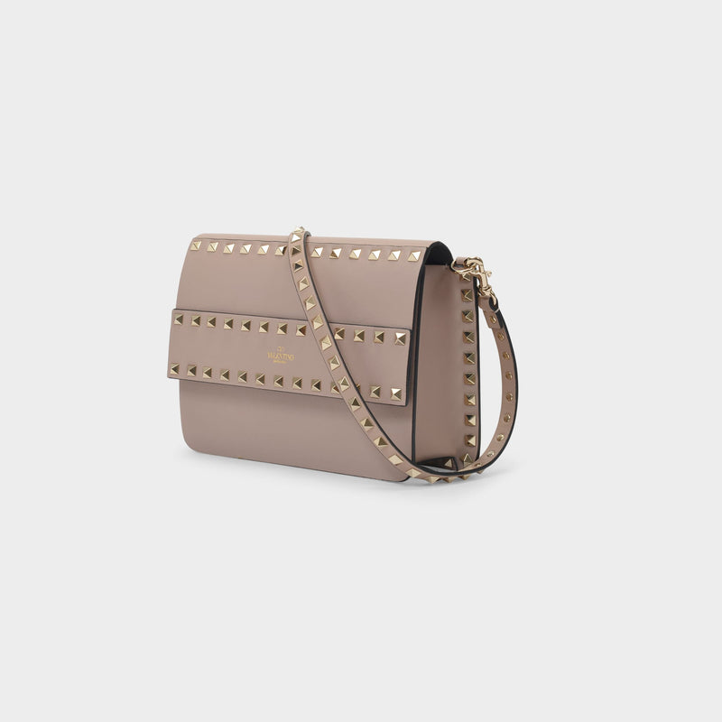 Shoulder Bag Rockstud Small in Grained Pink Leather