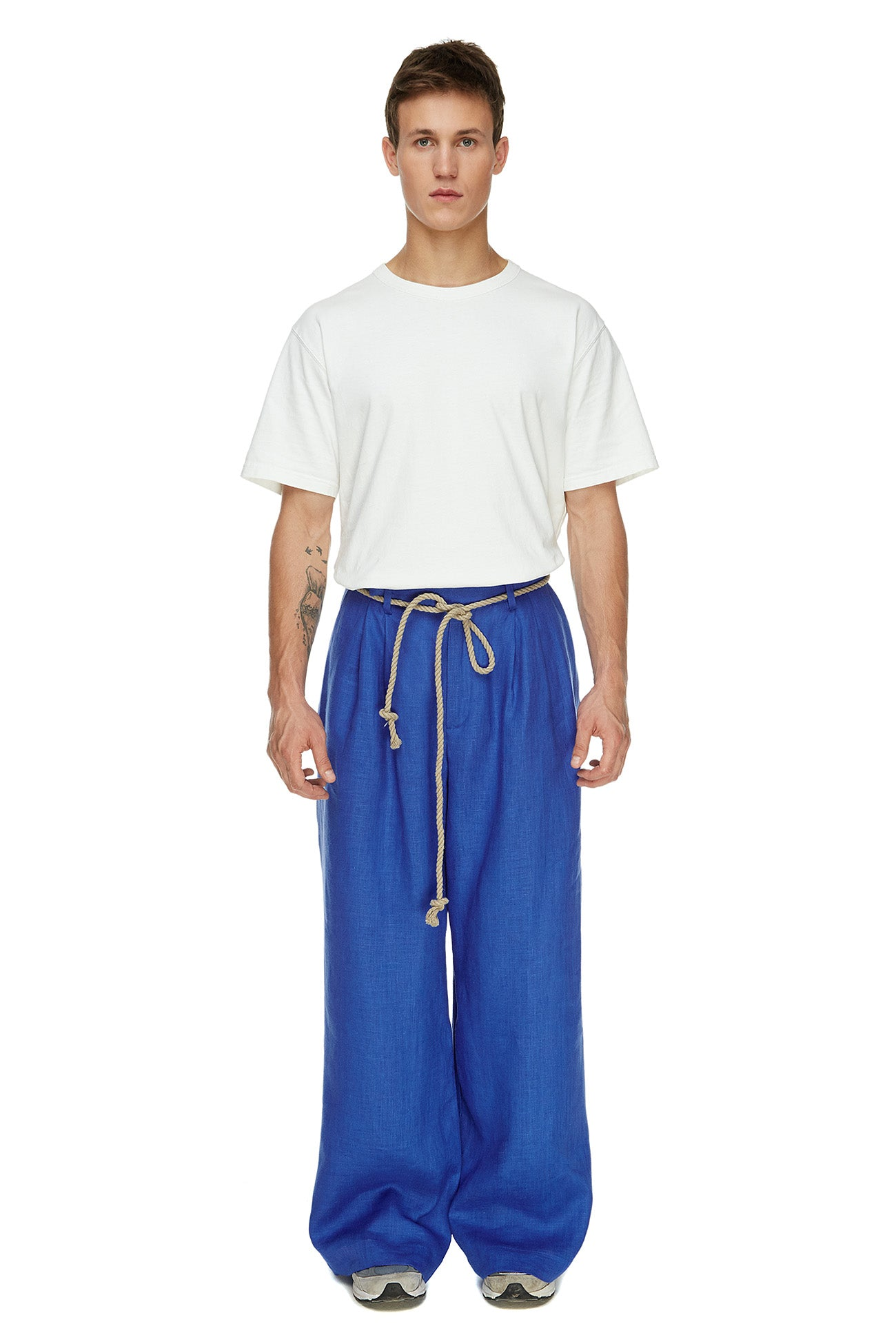 Electric blue pants with tucks