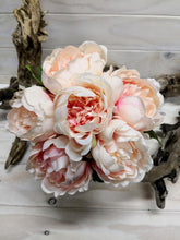 Load image into Gallery viewer, Peony Posy