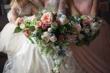 Load image into Gallery viewer, Cascading Bouquet