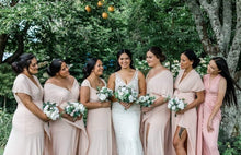 Load image into Gallery viewer, Bridesmaid Bouquet