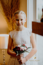 Load image into Gallery viewer, Flower Girl Bouquets
