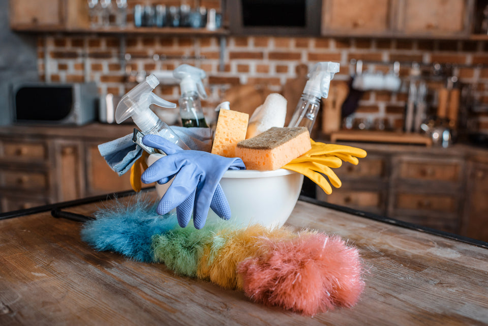 Cleaning products. Commerical cleaning products, Industrial cleaning products.