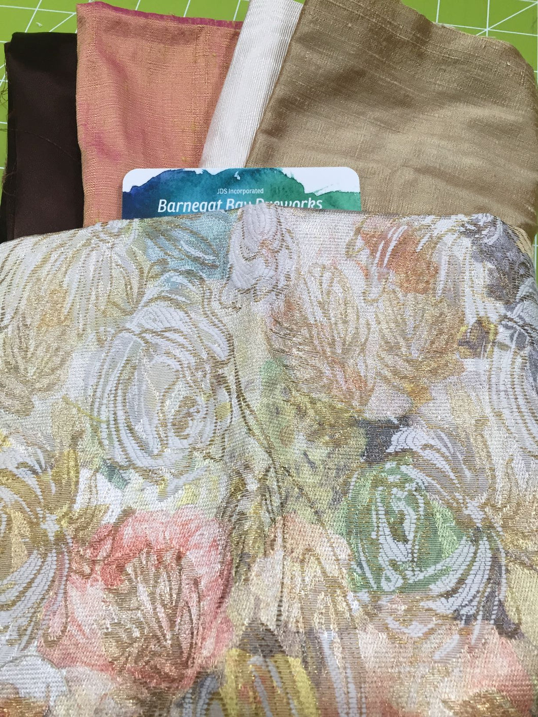 Crazy Quilt Brown & Peach Roses Collection