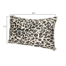 Load image into Gallery viewer, Leopard Print Goat Fur Cushion