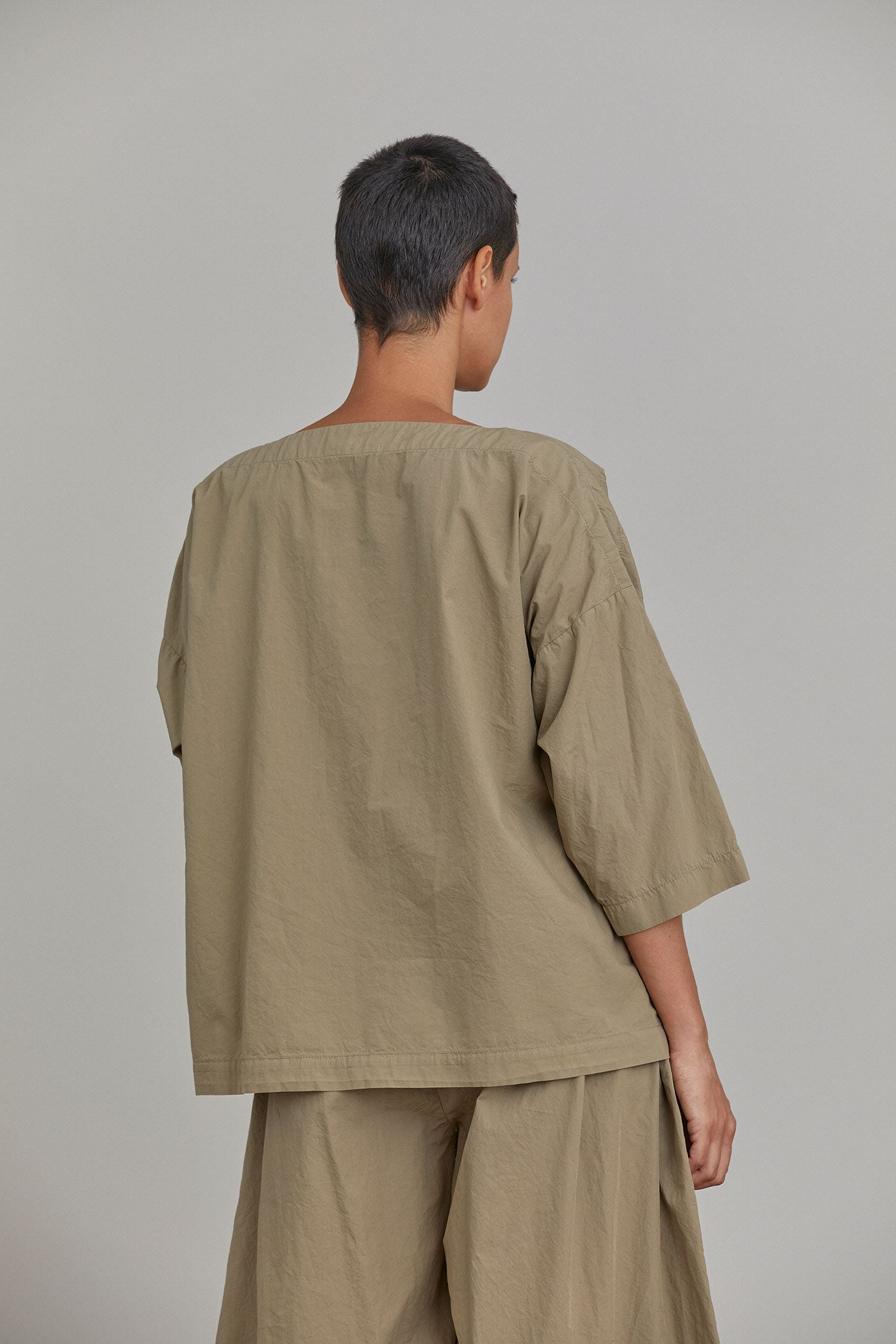 BOAT NECK TOP / C-BT07 / CLAY