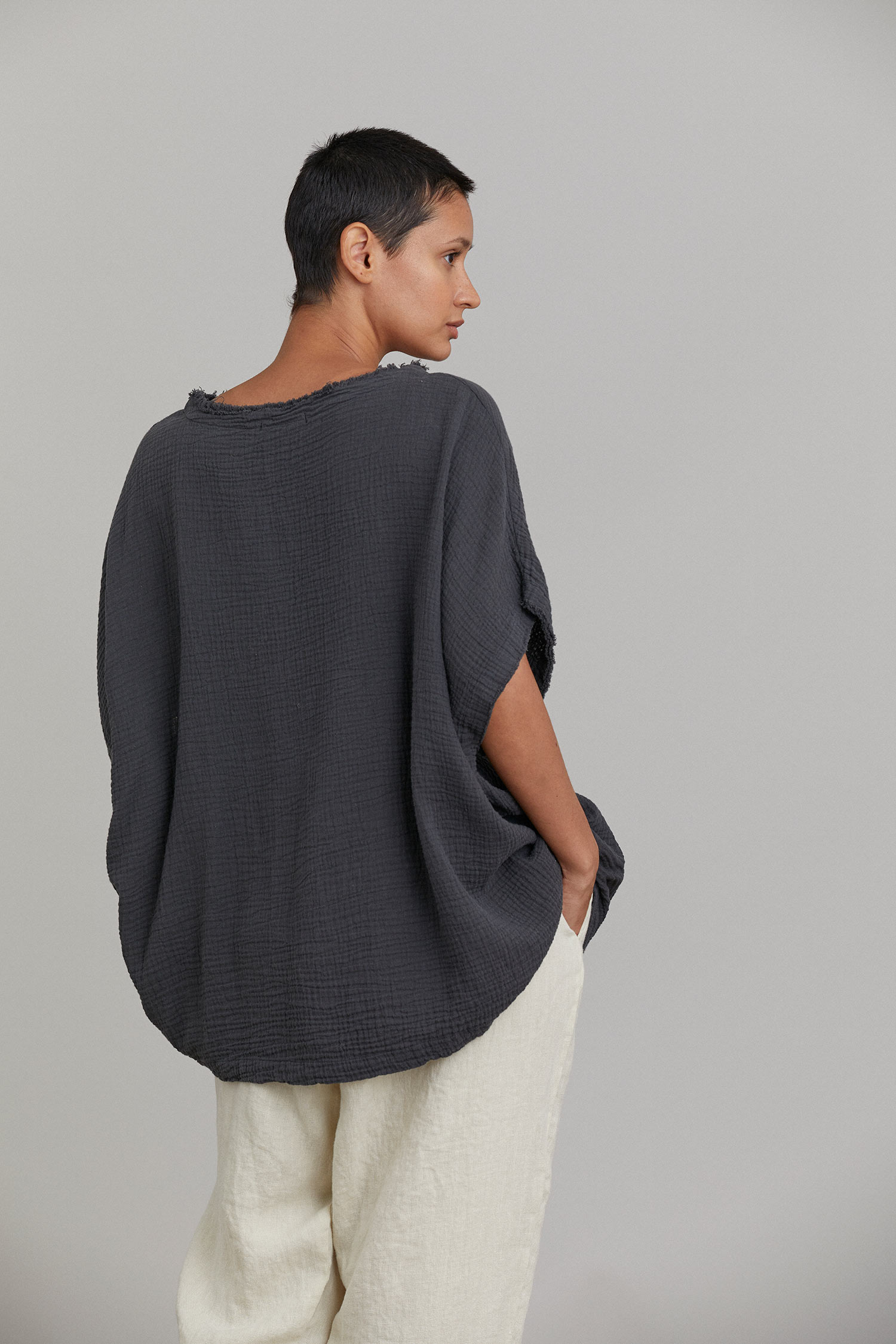 GAUZE TOP / FADED BLACK
