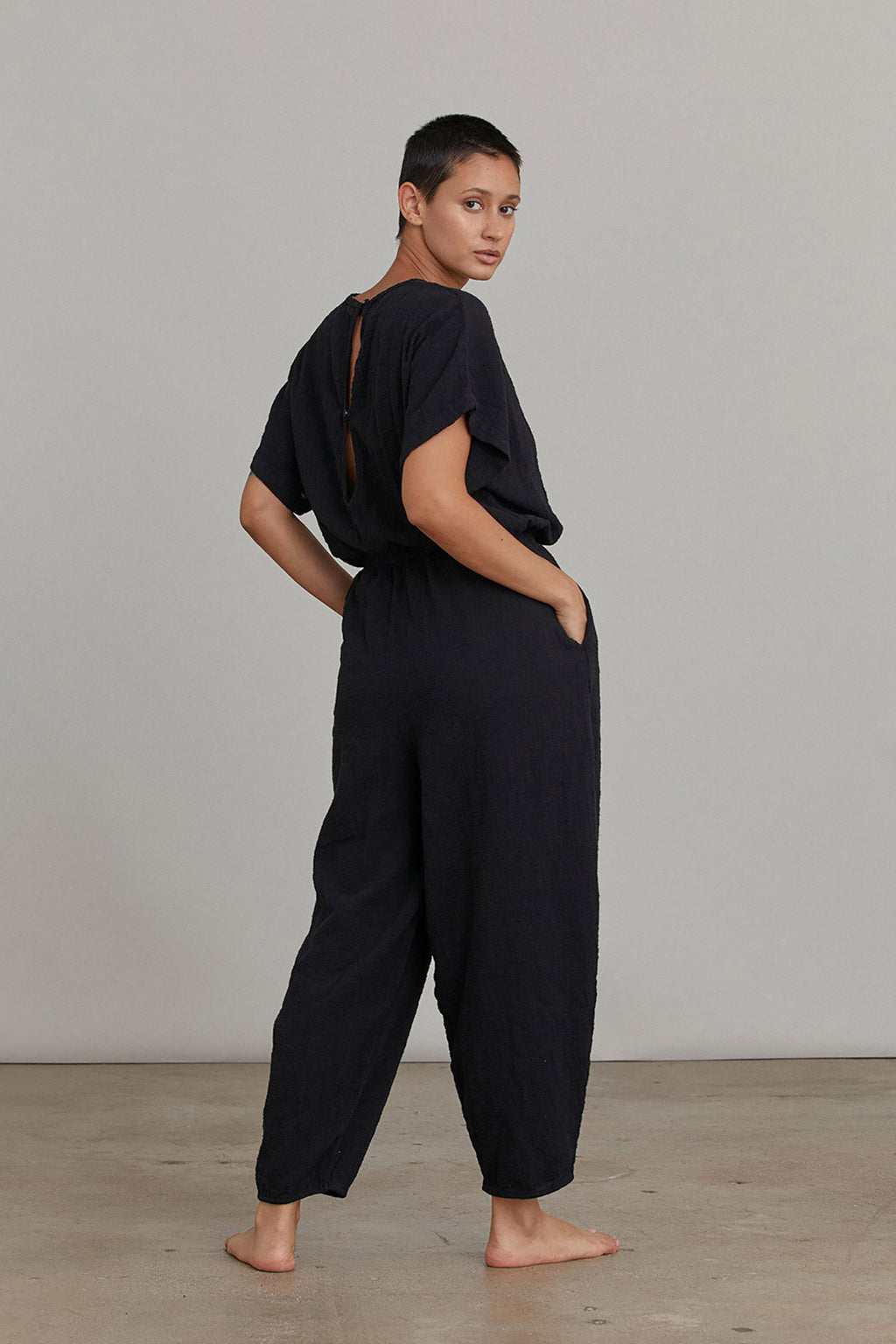 EASY JUMPSUITS / BLACK (WILL BE RESTOCKED END OF MAY)