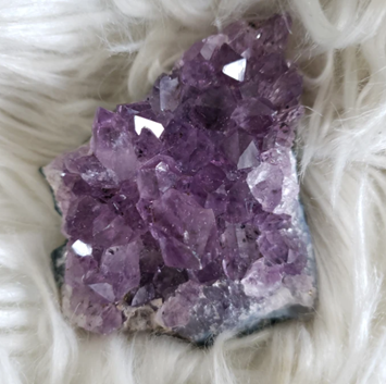 Best Crystal For you | Amethyst | Chakra