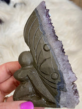 Load image into Gallery viewer, Amethyst Fairy / Angel Carving (A)