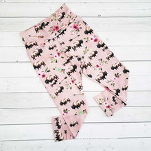 Load image into Gallery viewer, Kid's Floral Buffalo Leggings
