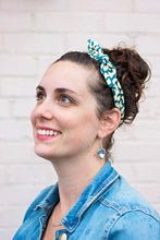 Load image into Gallery viewer, Polish Top Knot Headband