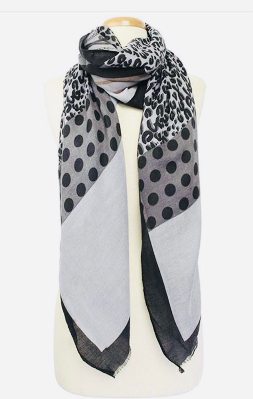 The Chic Scarf
