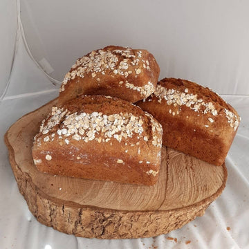 Oatmeal Soda Bread - Molloys Bakery