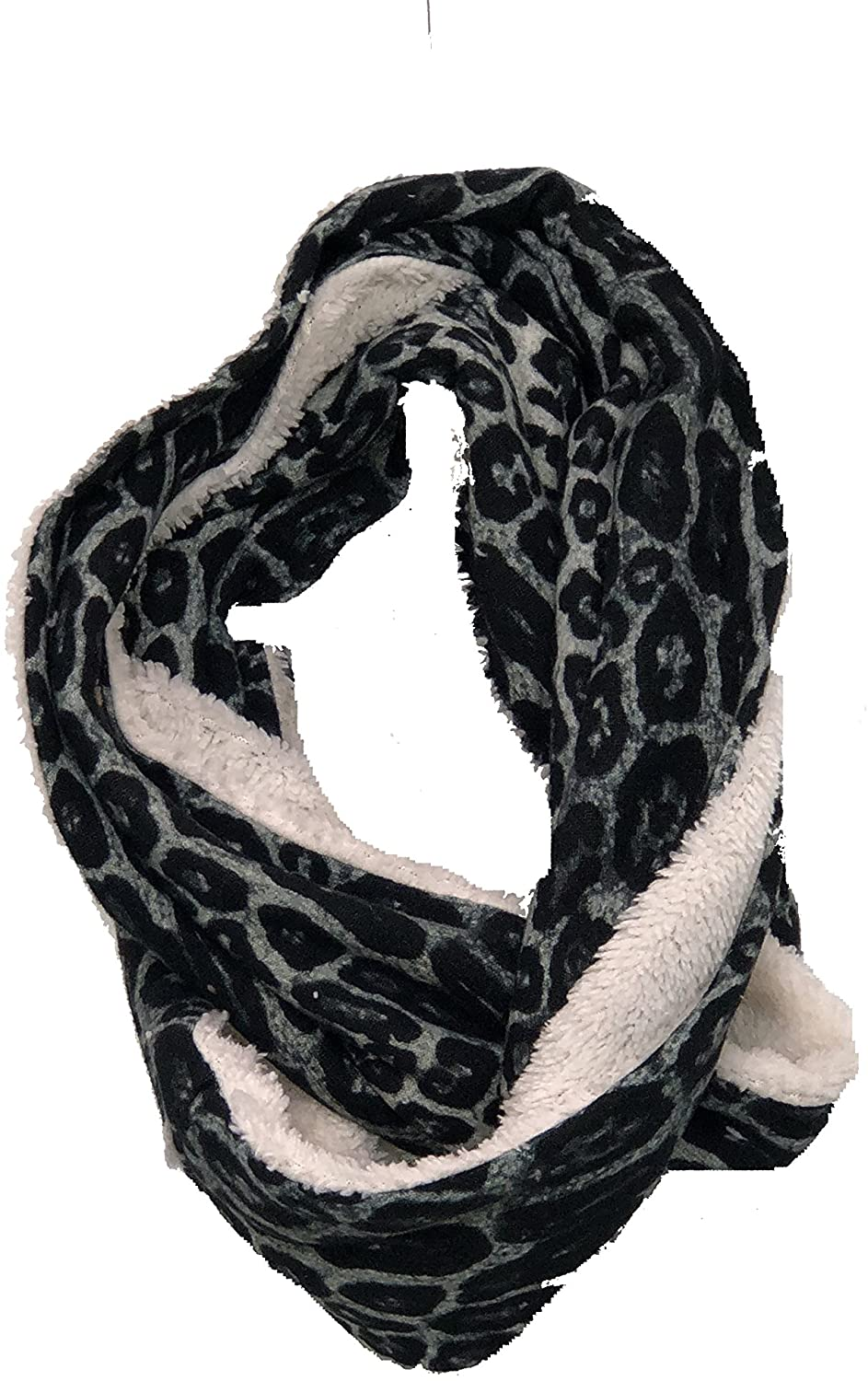 Pamper Yourself Now Chunky black and white leopard print snood