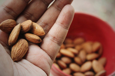 Homemade Anti-Inflammatory Almond Milk