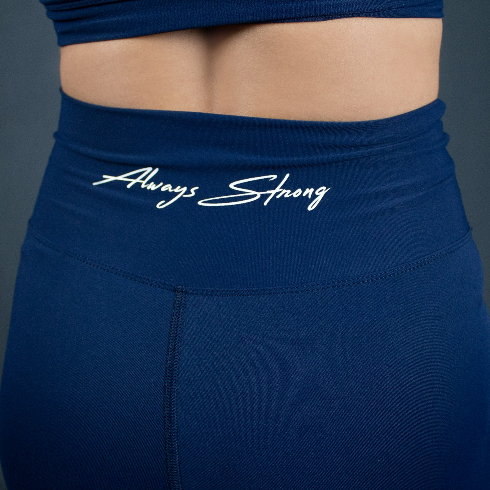 Signature Seamless Shorts