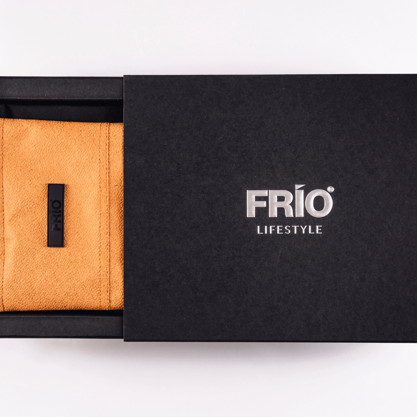 FRIO Five Cooling Wallet Tan
