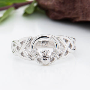 Solvar Sterling Silver Celtic Claddagh Ring