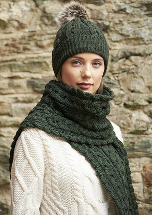 Aran Chunky Cable Knit Green Scarf