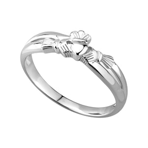 Solvar Claddagh Kiss Ring Sterling Silver Made in Ireland s2750