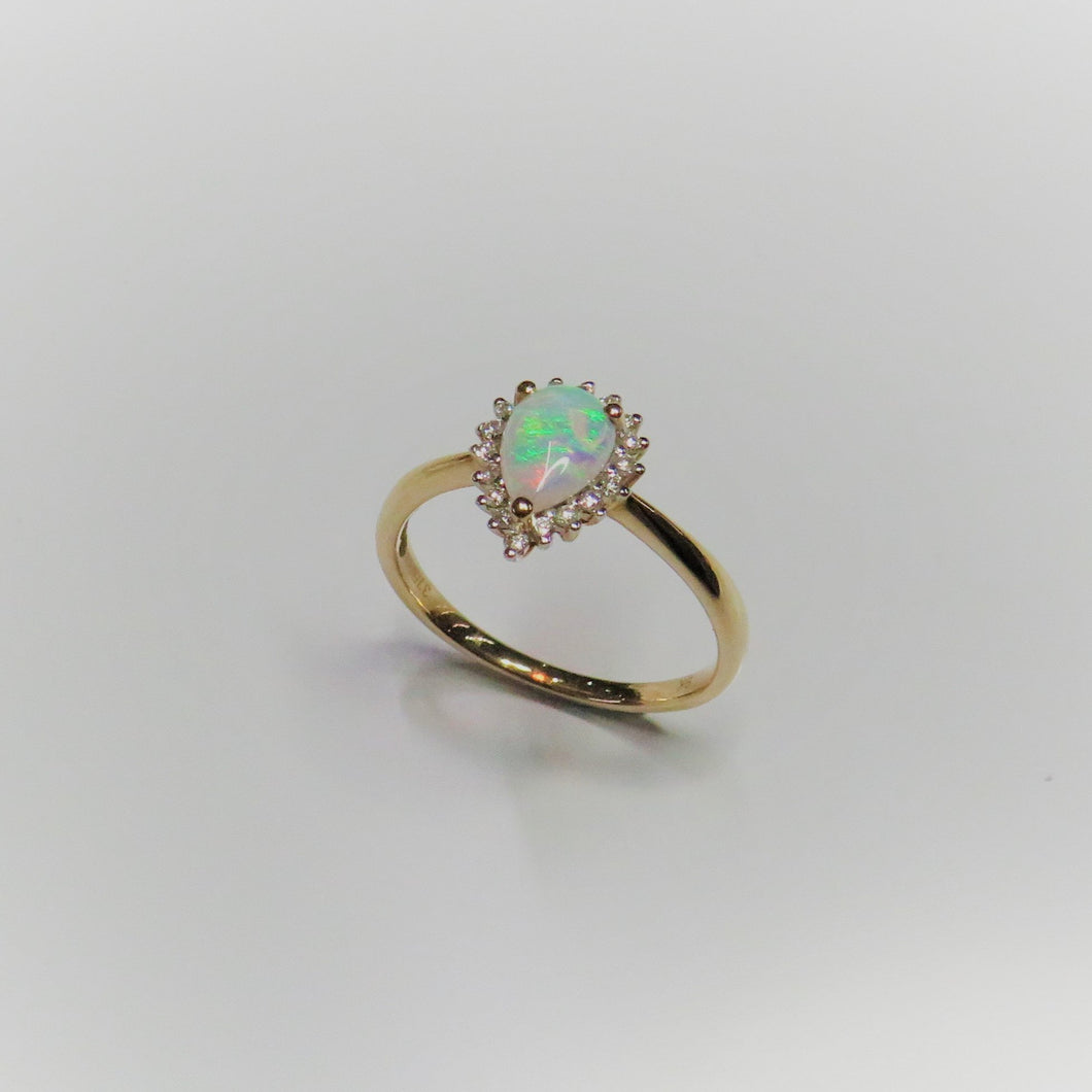 9ct Yellow Gold Pear Shaped Opal & Diamond Cluster Ring