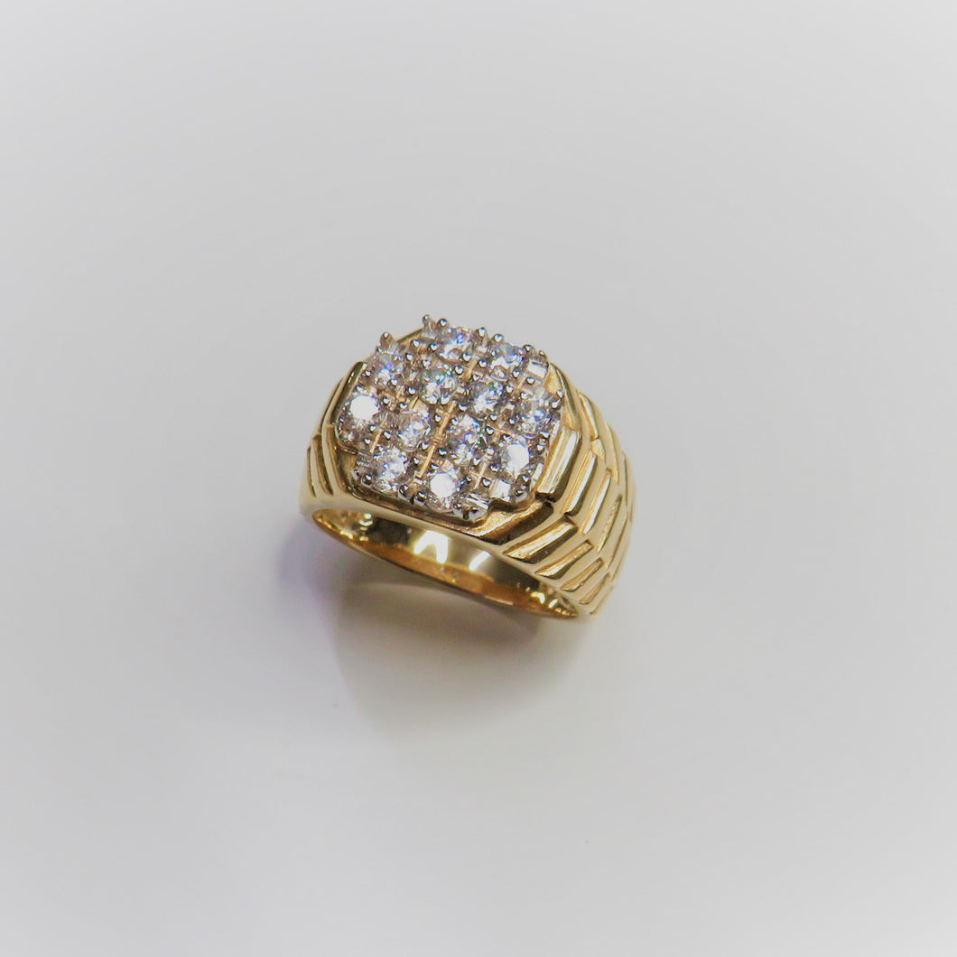 9ct Yellow Gold Stone Set Gents Ring With Rolex Style Shoulders