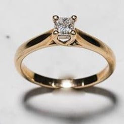 9ct Yellow Gold Princess Cut Solitaire Diamond Ring