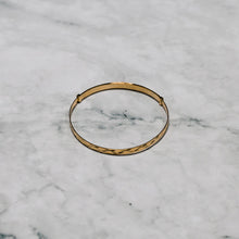 Load image into Gallery viewer, 9ct Yellow Gold Baby Expanding Bangle with Diamond Cut Finish