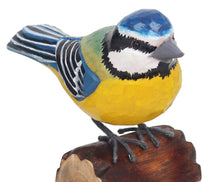 Load image into Gallery viewer, RSPB HANDCRAFTED WOODEN BLUE TIT WITH DISPLAY BOX
